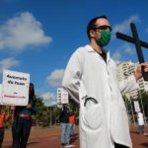 Brasil. Trabajadores de servicios esenciales protestan en San Pablo por mejores condiciones