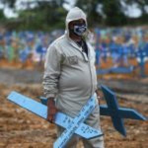 Brasil. Sin rumbo, al borde de la tragedia