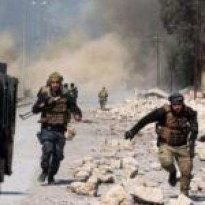 Irak. Fuerzas iraquíes hacen explotar campamento militar de Daesh