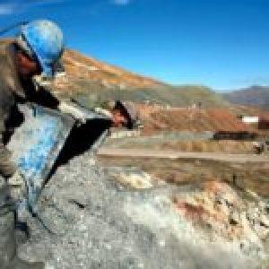 Perú. Suben a 500 trabajadores mineros infectados con COVID-19