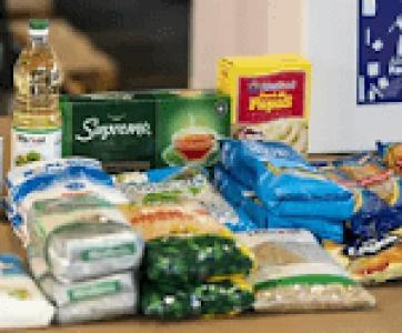 Chile. La caja de mercaderias que el gobierno pretende entregar a las familias solo alcanza para una semana