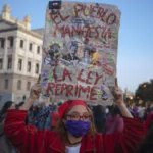 """Uruguay. La importancia de analizar la LUC desde una perspectiva feminista: """"Urgente es la igualdad de género"""""""