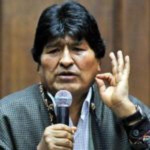 Evo saluda solidaridad ante amenazas de militares en Bolivia