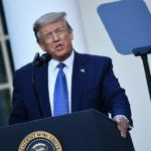 Trump habla de «terrorismo interno» y saca al ejército a las calles
