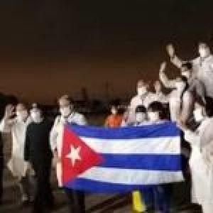 Cuba. Rendirán homenaje a brigadas médicas Henry Reeve que vienen de regreso