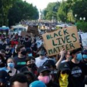 Estados Unidos. Miles de personas continúan movilizados en rechazo al racismo y violencia policial