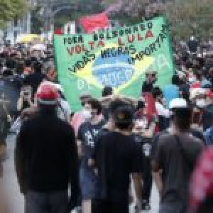 Brasil. Fuerte repudio al golpismo y al racismo.