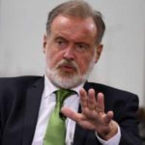 Argentina. La Cámara de Apelaciones falló en contra del censor ex canciller y actual embajador en Chile, Rafael Bielsa, en un juicio iniciado contra el periodista Miguel Bonasso