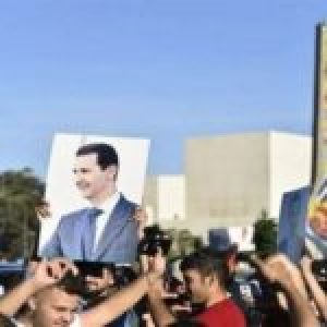 Siria. Una gran manifestación en Damasco condena la ley de sanciones de EEUU