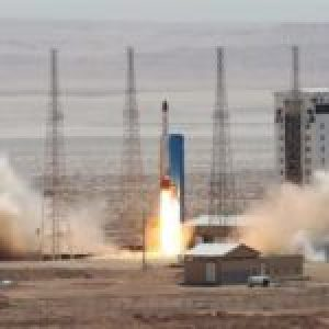 Iran.  Satélite iraní Nur transmite imágenes de bases israelíes