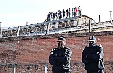 Argentina. La policía jujeña asesinó a dos presos que reclamaban medidas de bioseguridad