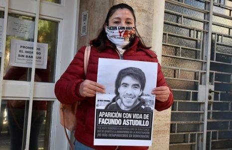 Argentina. Sigue desaparecido Facundo Castro: Un perro ubicó el rastro del joven en uno de los vehículos secuestrados