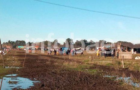 Argentina. Mientras la toma de tierras prosigue de manera pacífica, la intendenta Cantero se despega y habla de judicialización de los ocupantes