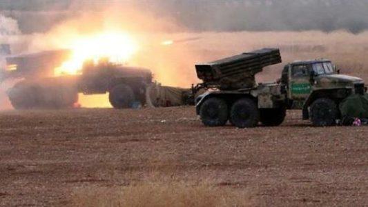 Siria. El Ejército sirio incrementa sus ataques con misiles contra posiciones de los militantes en Idleb y Hama