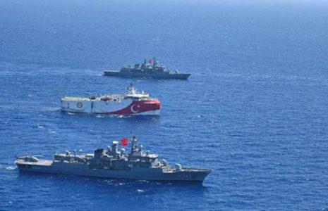 """Turquía. Llevará a cabo nuevos ejercicios navales en el Mediterráneo oriental. Acusa a Francia de """"intimidación"""""""