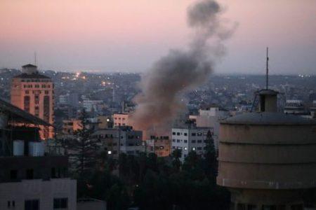 Palestina. Aviación israelí bombardea Gaza. Hamas responde lanzando cohetes