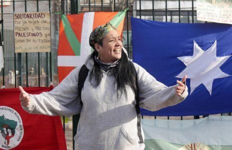 Argentina. El  Frente Cultural Che Adelita homenajeó a presos y presas que luchan por «tierra y libertad» /Solidarixs con los Mapuche en huelga de hambre y sed