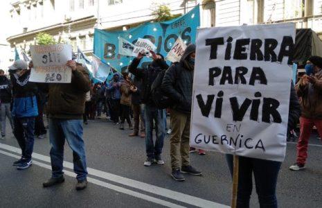 Argentina. Intendentes bonaerenses se solidarizaron con su par de Guernica y exigen desalojar las tierras recuperadas