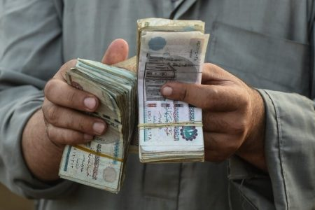 Egipto: Nuevo préstamo de 2.000 millones de dólares. La deuda externa supera los 111.000 millones