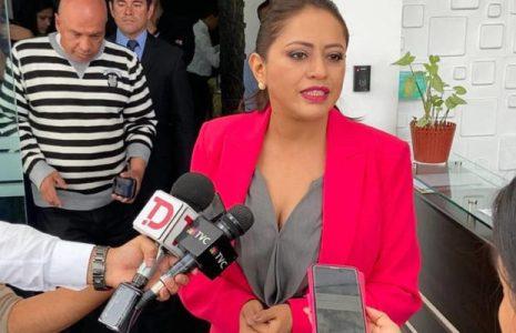 Ecuador. Sigue la persecución judicial contra tres dirigentes correístas
