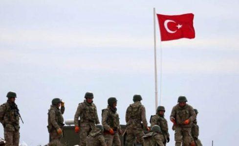 Turquía. El ejército turco desbordado por los conflictos