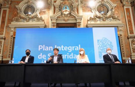 Argentina. Kicillof anunció un aumento salarial a la policía y habló de las protestas: «Hemos visto imágenes espantosas que no se pueden repetir»