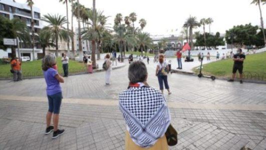 Migrantes. Concentración en Las Palmas de Gran Canaria en apoyo a las personas migrantes: «Exigimos un trato digno»