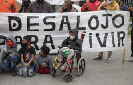 Argentina. Sin soluciones aún en la toma de Guernica a pesar de la reunión de la «mesa de diálogo»