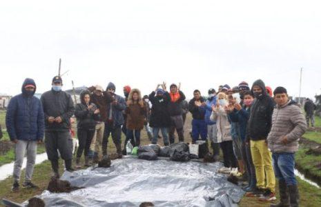 Argentina. Solo el pueblo salva al pueblo: Masiva solidaridad llegó hasta Guernica para apoyar la pelea por tierra y vivienda