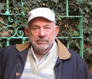 Argentina. Norman Briski escribió una obra de títeres sobre la toma de Guernica donde se afirma: «La propiedad privada es el virus» (obra completa)