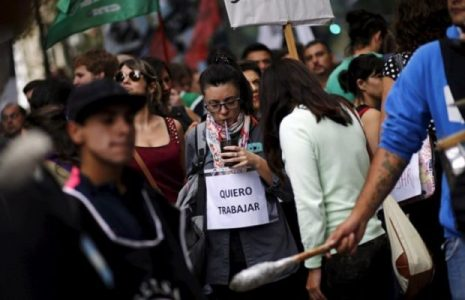 Argentina. Mercado laboral en tiempo de pandemia: 46 Bomboneras de nuevos desempleados