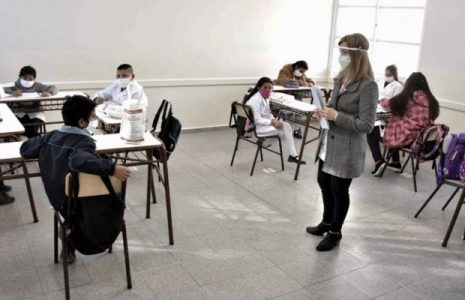 """Argentina. Vuelta a las aulas: """"ninguna de las medidas del gobierno porteño es pensando en los niños"""""""