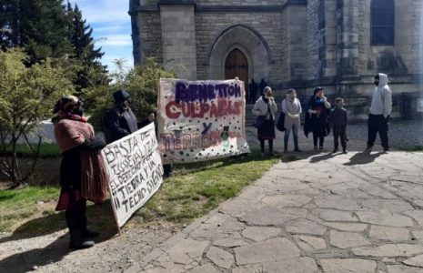 Nación Mapuche. Exhortan a la solidaridad con la comunidad Lafken Winkul Mapu, a la que el gobierno y jueces racistas han decidido desalojar por la fuerza