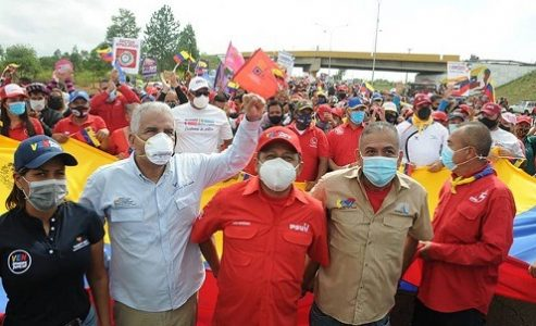 """Venezuela. José Ramón Rivero: """"Tenemos 5.000 fusiles almacenados en un búnker. Si atacan las fábricas, nos defenderemos"""""""