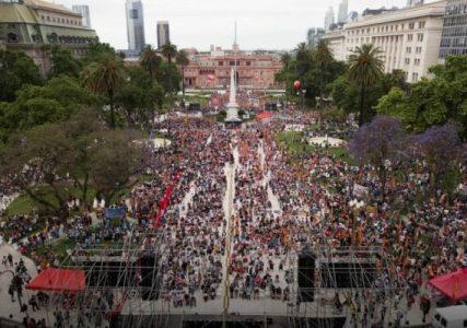 Argentina. Decenas de miles de manifestantes en Plaza de Mayo en acto del Partido Obrero contra el FMI y el ajuste