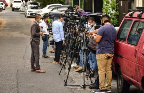 El Salvador. Asamblea Legislativa determina que es habitual la violación del derecho de libertad de expresión y prensa
