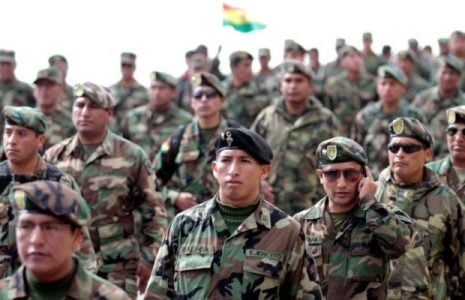 Bolivia. Militares deben recuperar la confianza del pueblo