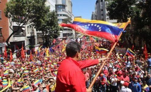 """Venezuela. Claudia Orsini: """"y aquí vamos, con la fuerza de un pueblo y con el mando de un hombre noble"""""""