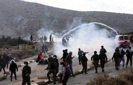 Palestina. Heridos seis palestinos y un soldado israelí en una protesta contra la demolición de viviendas en Cisjordania