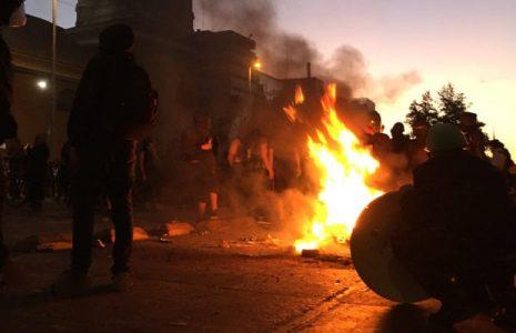 Chile. Fin de semana de más protestas en Antofagasta y Santiago / Por los presxs y contra Piñera (videos)