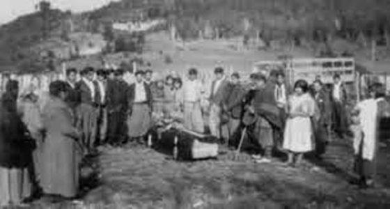 Nación Mapuche. Historias del cementerio mapuche Eltuwe en la actual plaza San Martín de Villa La Angostura