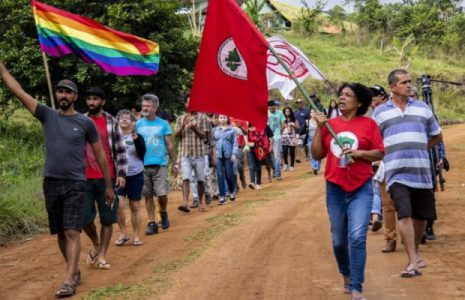 Brasil. Suspenden el desalojo de las familias del PDS Osvaldo de Oliveira en Rio de Janeiro