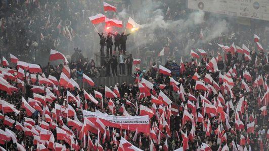 Polonia refuerza su cruzada anticomunista