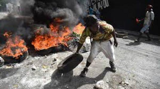 """Haití. Red de DD.HH: «Los dos últimos decretos de Jovenel Moïse, un intento de establecer una milicia represiva"""""""