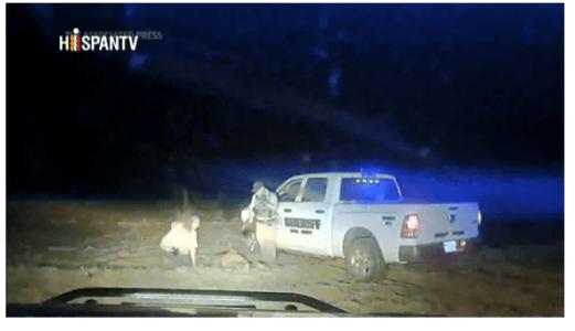 Estados Unidos. Policía de atropella intencionalmente a un joven afrodescendiente (video)