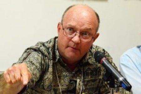 Estados Unidos. Lawrence Wilkerson, ex jefe de personal del Secretario de Estado Colin Powell nominó a la Brigada Médica Cubana para el Premio Nobel de la Paz