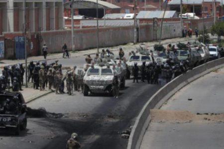 Bolivia. Gobierno democrático eleva decretos para indultar a prisioneros y perseguidos políticos de la dictadura