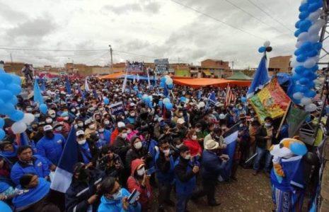 """Bolivia. Rebelión en El Alto por candidato designado por Evo: Concentración de apoyo a Copa denuncia """"dedazo"""" y la proclama como candidata"""
