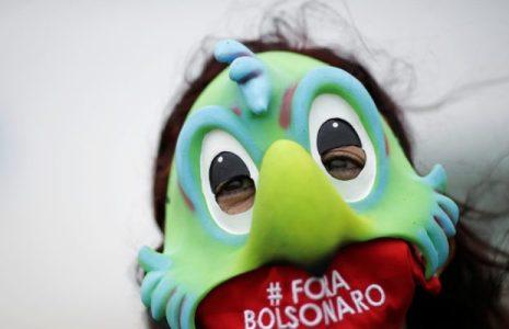 Brasil. #RenunciaBolsonaro se vuelve tendencia después de que el mandatario dijera que el país estaba quebrado y él no podía hacer nada