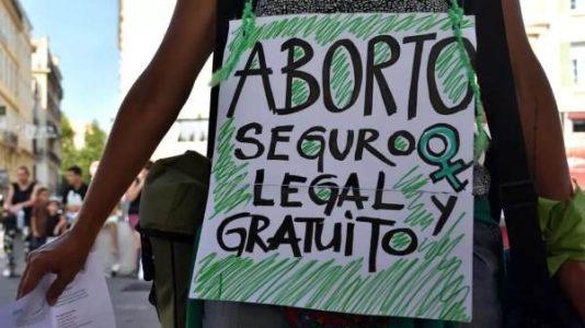 México. Los derechos no son negociables: critican feministas propuesta de AMLO sobre consulta para despenalizar el aborto